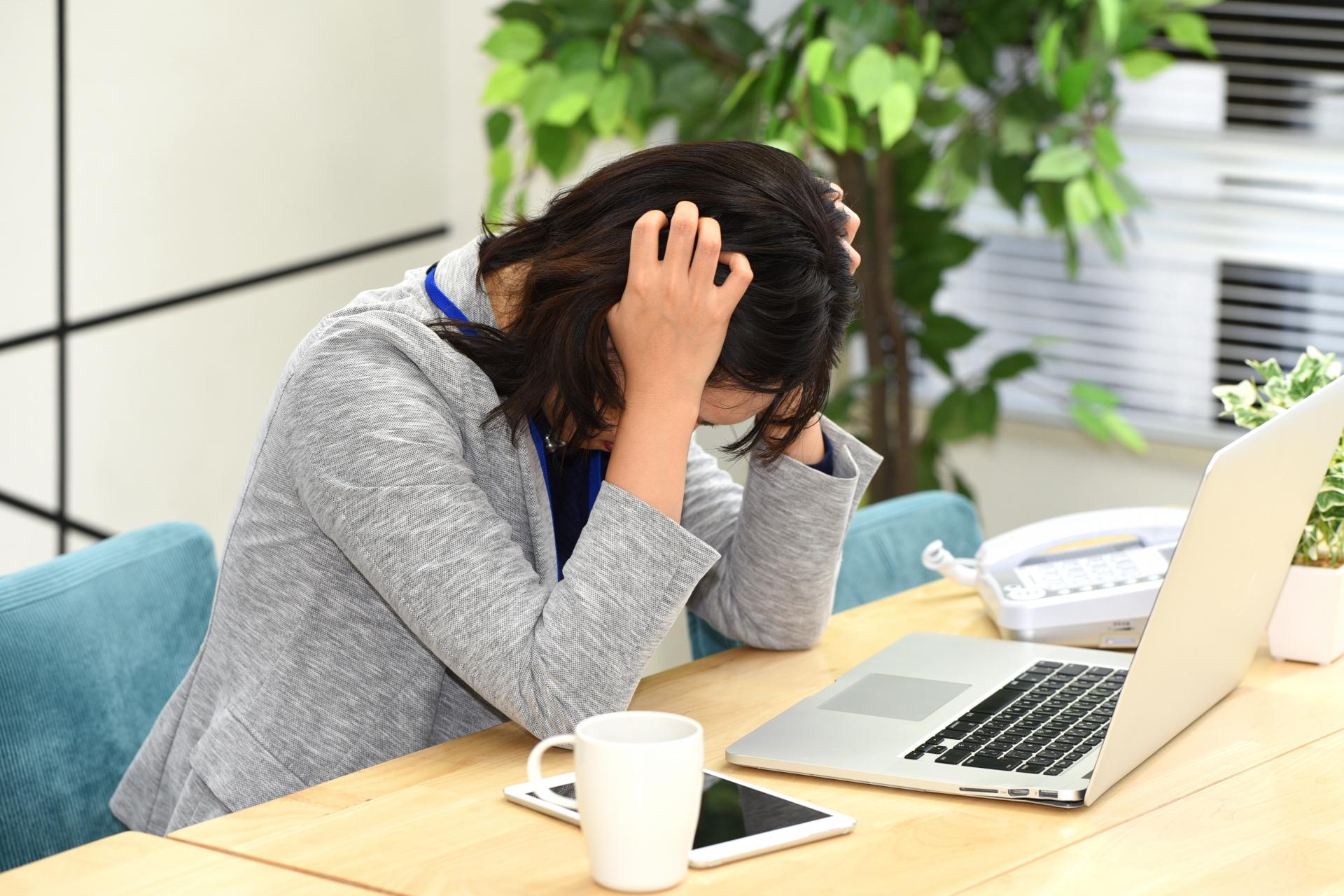 ウェディングプランナーはお休みはしっかり取れるの?雇用形態ごとの勤務時間、残業や休みを解説