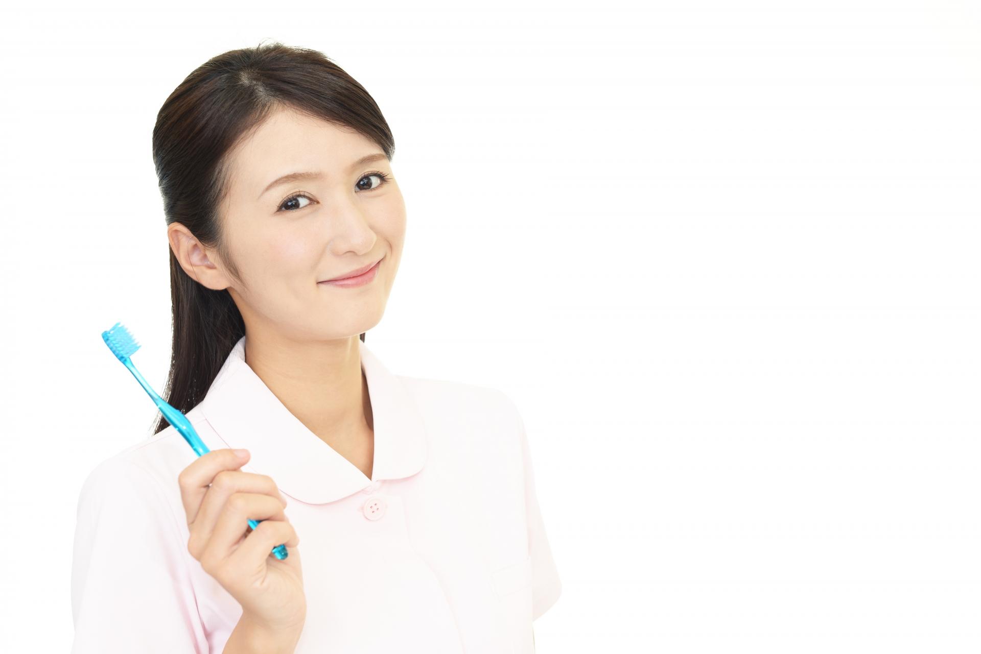 歯科助手 給料 安い